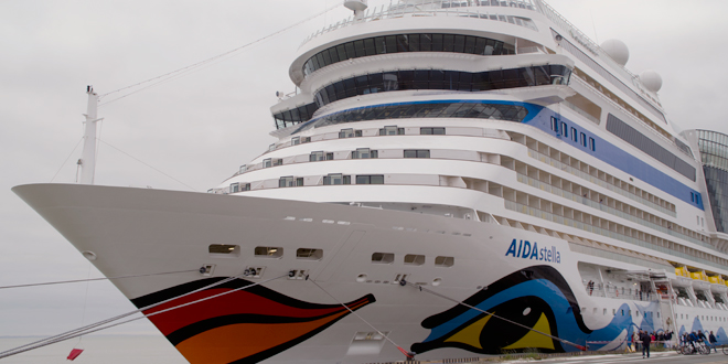 AIDAstella en escale au port du Verdon